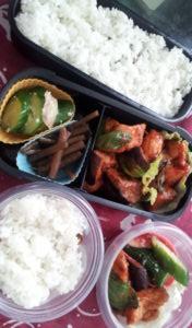 ねじなせかい_ 茄子と鶏唐揚げのケチャップ煮(バジル入り)_201207_31